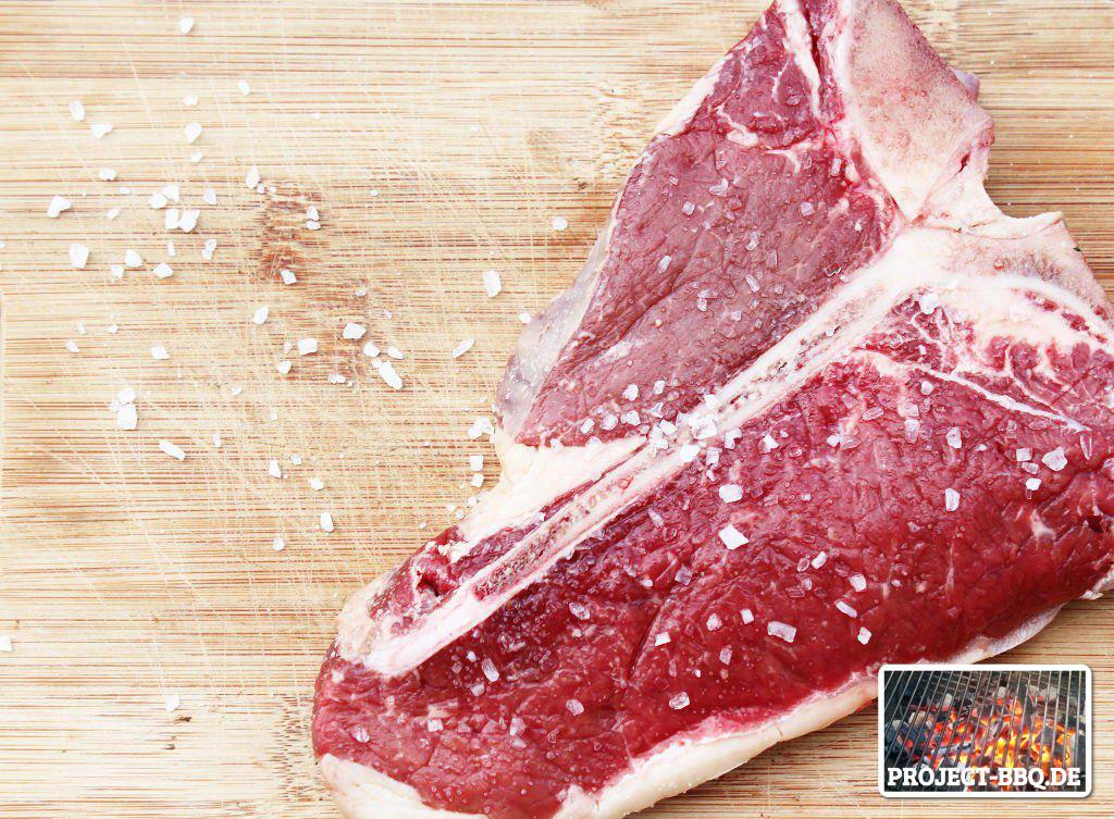 Rohes T-Bone-Steak